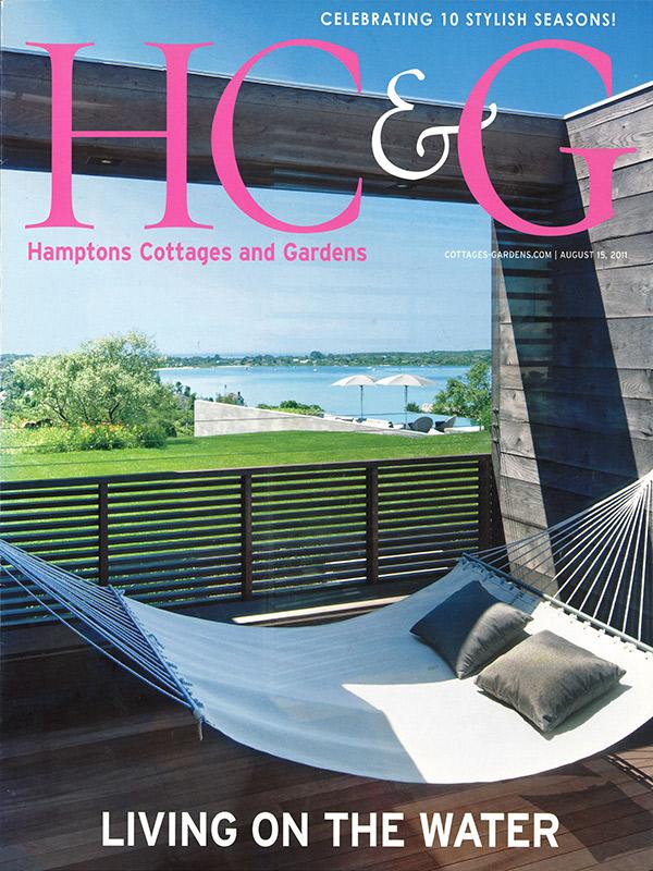 2011-08 Hamptons Cottages & Gardens